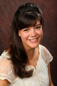 Headshot of Julie Skorny